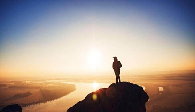 仕事で出世したいなら全体を見る力「俯瞰力」を身につければ良い。